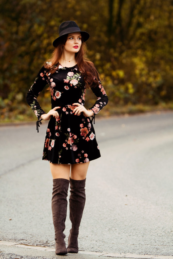 grey-over-knee-boots-outfit