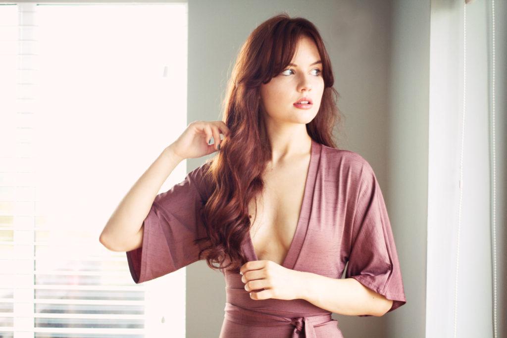 plunge-neckline-bodycon-dress