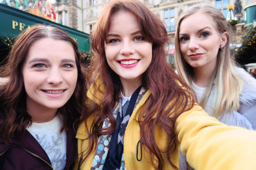 tourist-selfie-hamburg