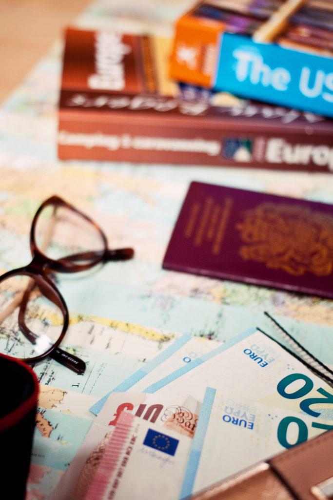 travel-money-exchange-post-office