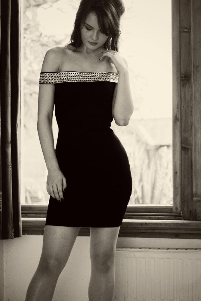 bardot-style-bodycon-dress