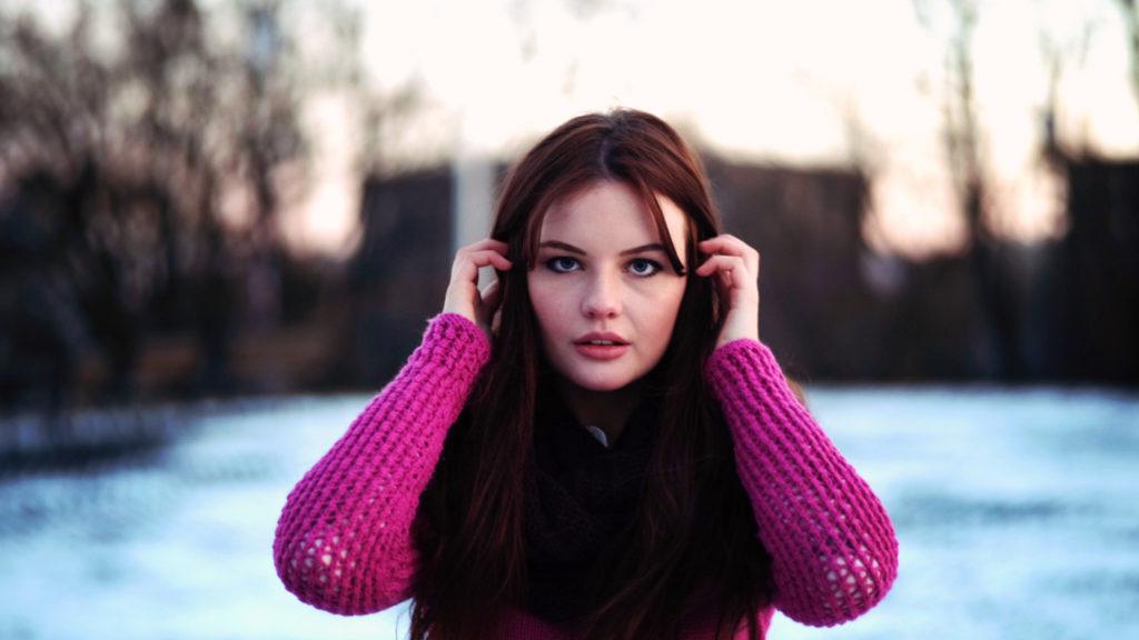 brunette-portrait