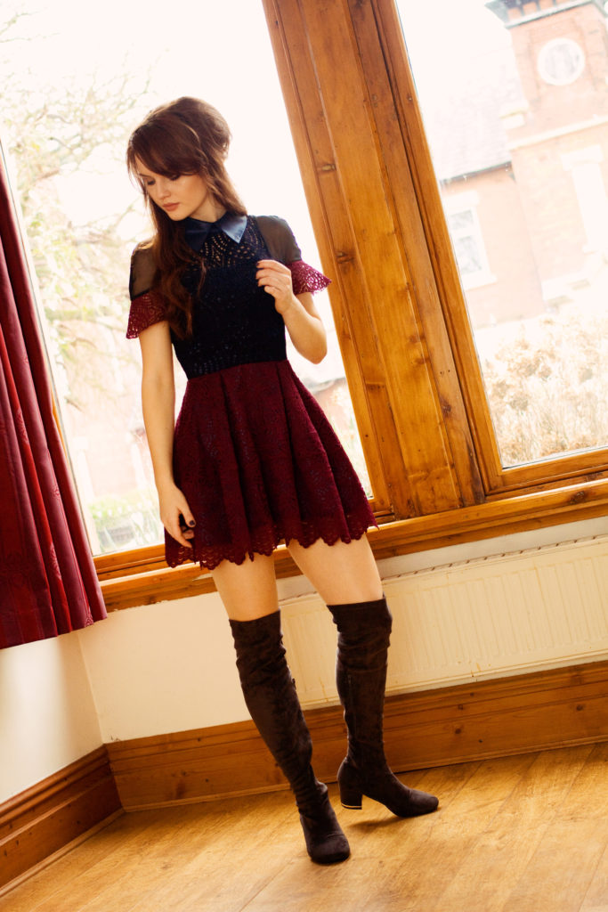mini-dress-woth-over-knee-boots