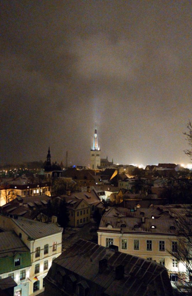 night-sky-tallinn